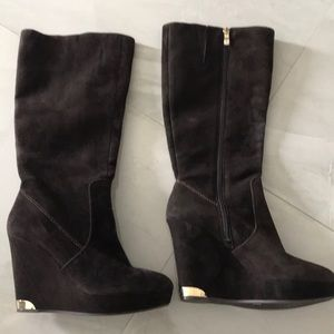 NWOT Vince Camuto Suede high boots